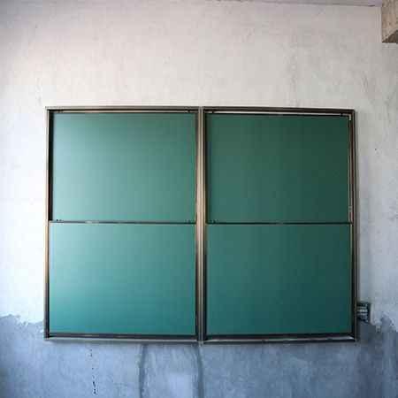 四块升降教学绿板批发价