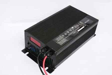 广东36V20A电动车电池充电器