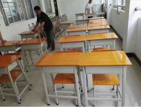 学生课桌椅批发